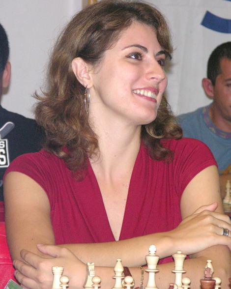adinacalvia-20062