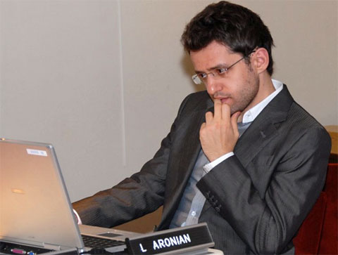 aronian01a