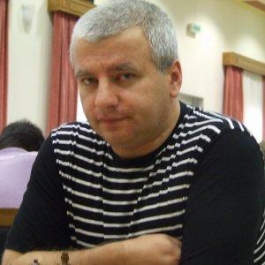 kiril-georgiev-square-9974