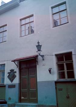 keres05-house