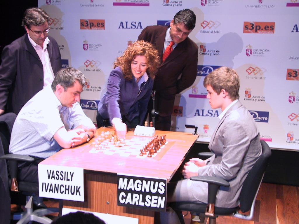 ivanchuk_Carlsen_leon2009