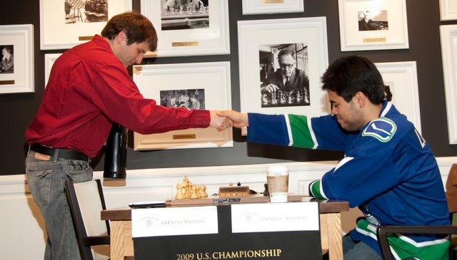 Shulman vs Nakamura hand shake Round 4  US Champs 2009-27