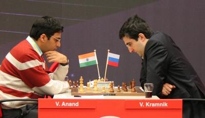 anand-kramnik_corus_chess_2008_small