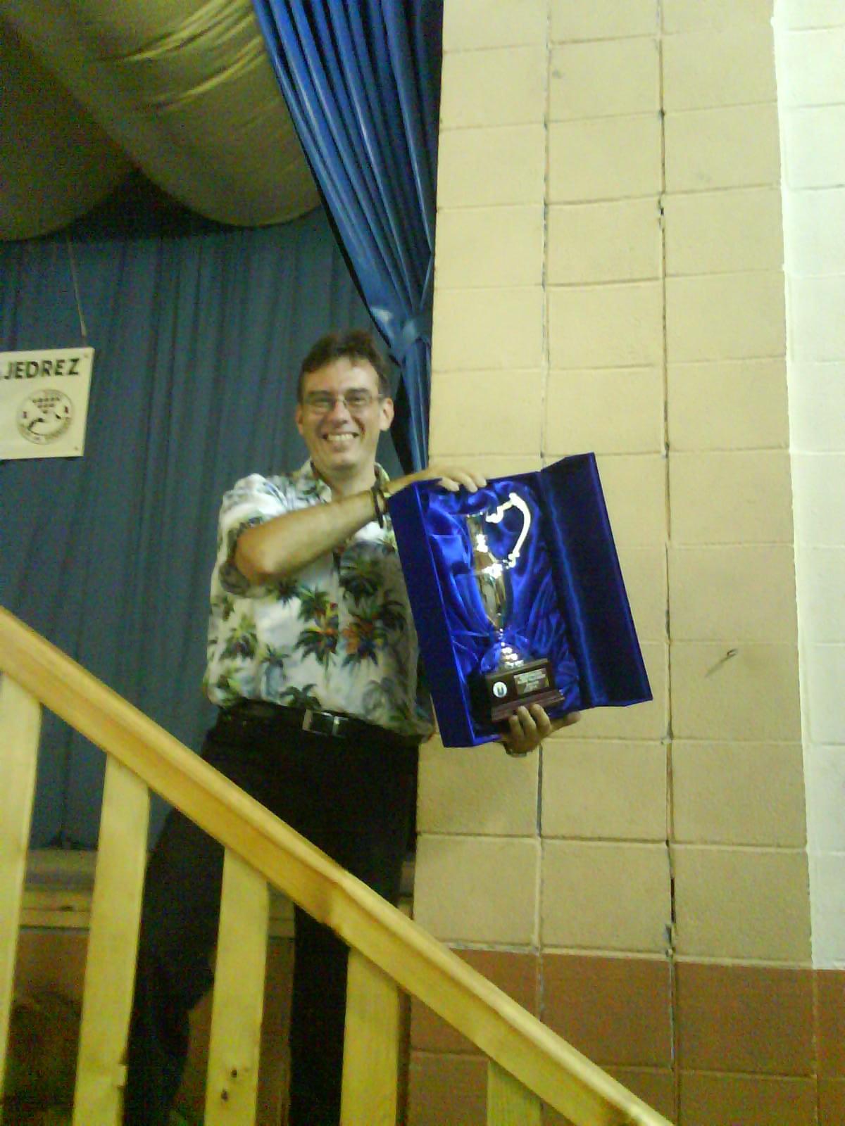 Bob cu trofeul