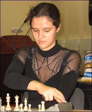 karjakin-dolzhikova-14705