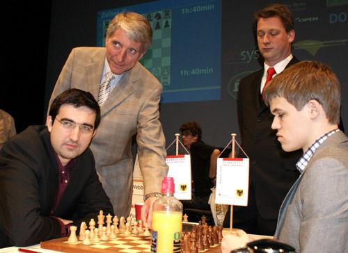 Kramnik_carlsen_dort