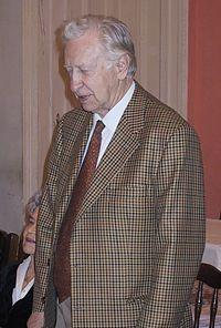 Smyslov2002